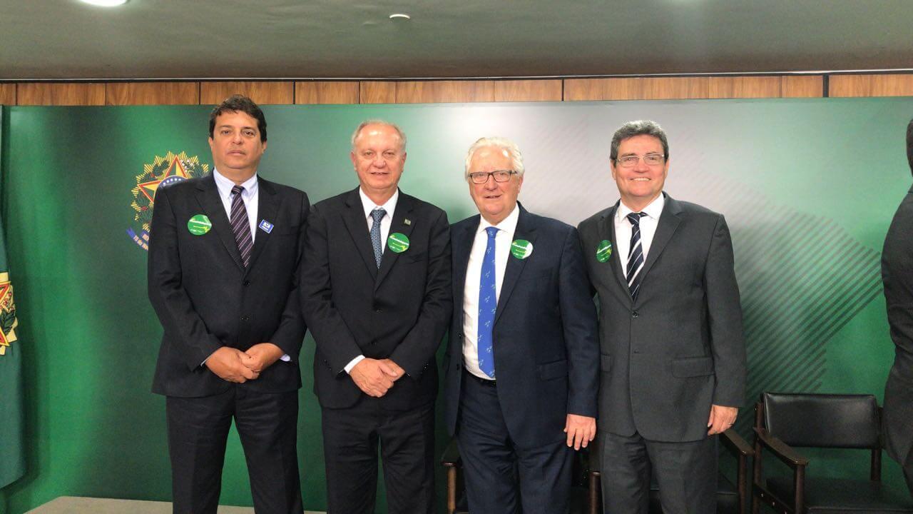 Walney Almeida, Arialdo Boscolo, Jair Alfredo Pereira e Nismar Alves dos Reis